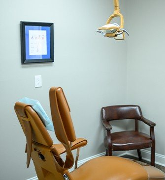 Oral surgery exam room